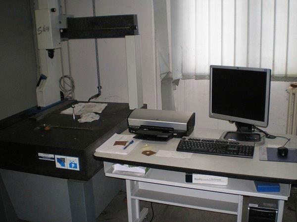 Meccanica-di-precisione-con-macchine-utensili-cnc-Bologna